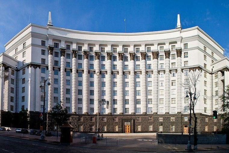 Тарифи на електроенергію в Україні злетять: названо нову ціну