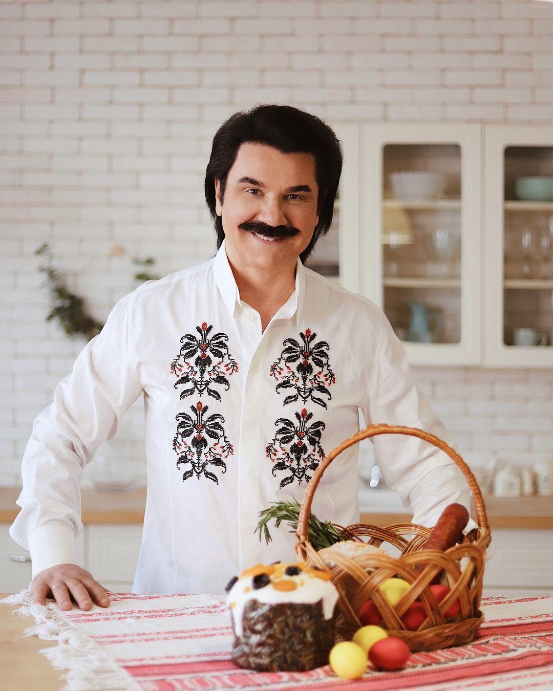 Зибров показал свою пасхальную корзину