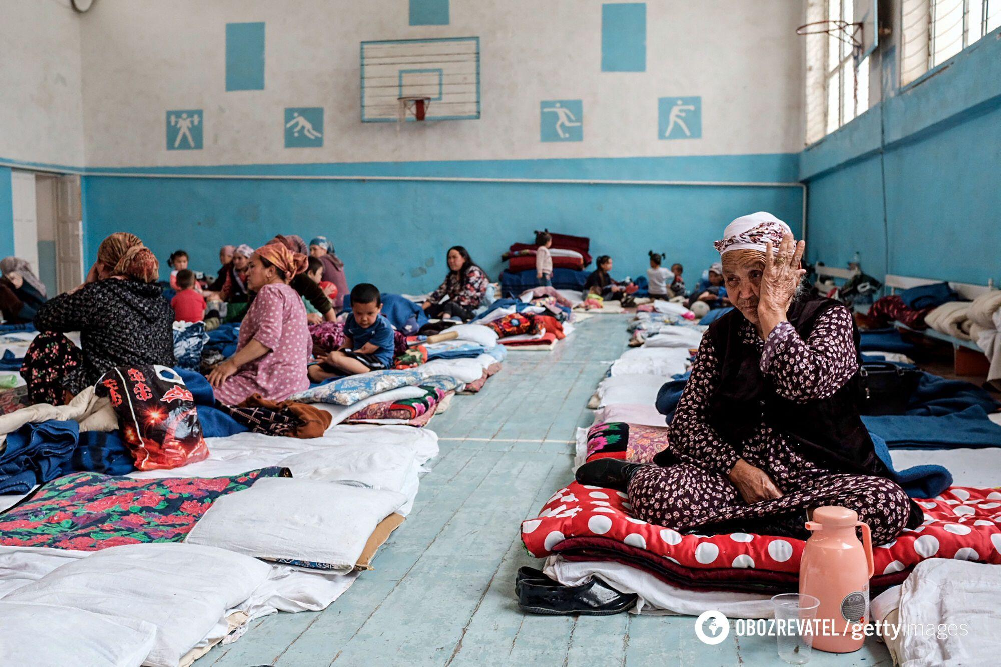 Евакуйовані жителі Киргизстану.