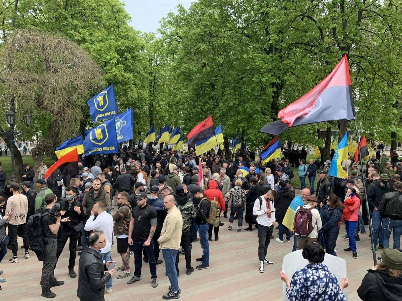 Одесситы вышли на марш