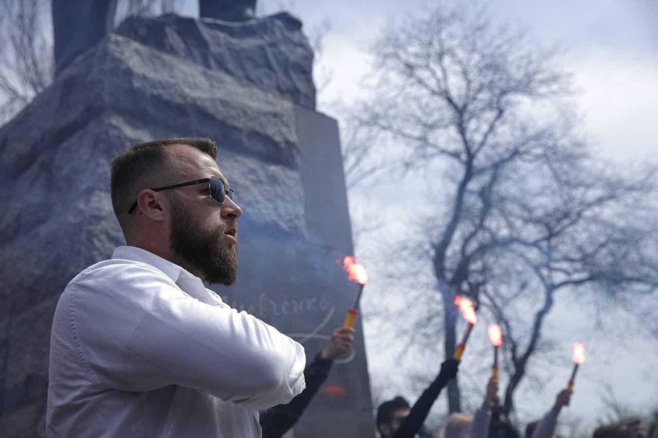 Учасники маршу провели мітинг біля пам'ятника Шевченку