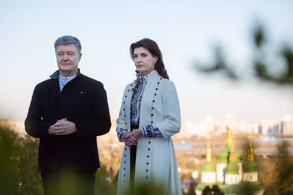 Порошенко поздравили украинцев с Пасхой