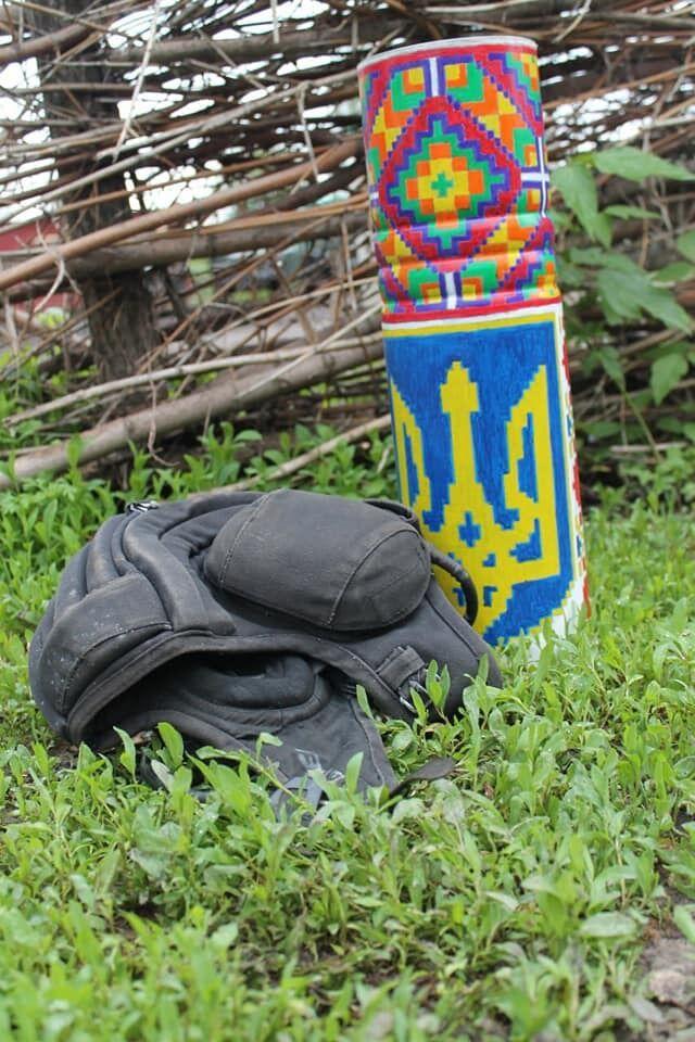 Воины ВСУ раскрасили боеприпасы в орнаменты вышиванок