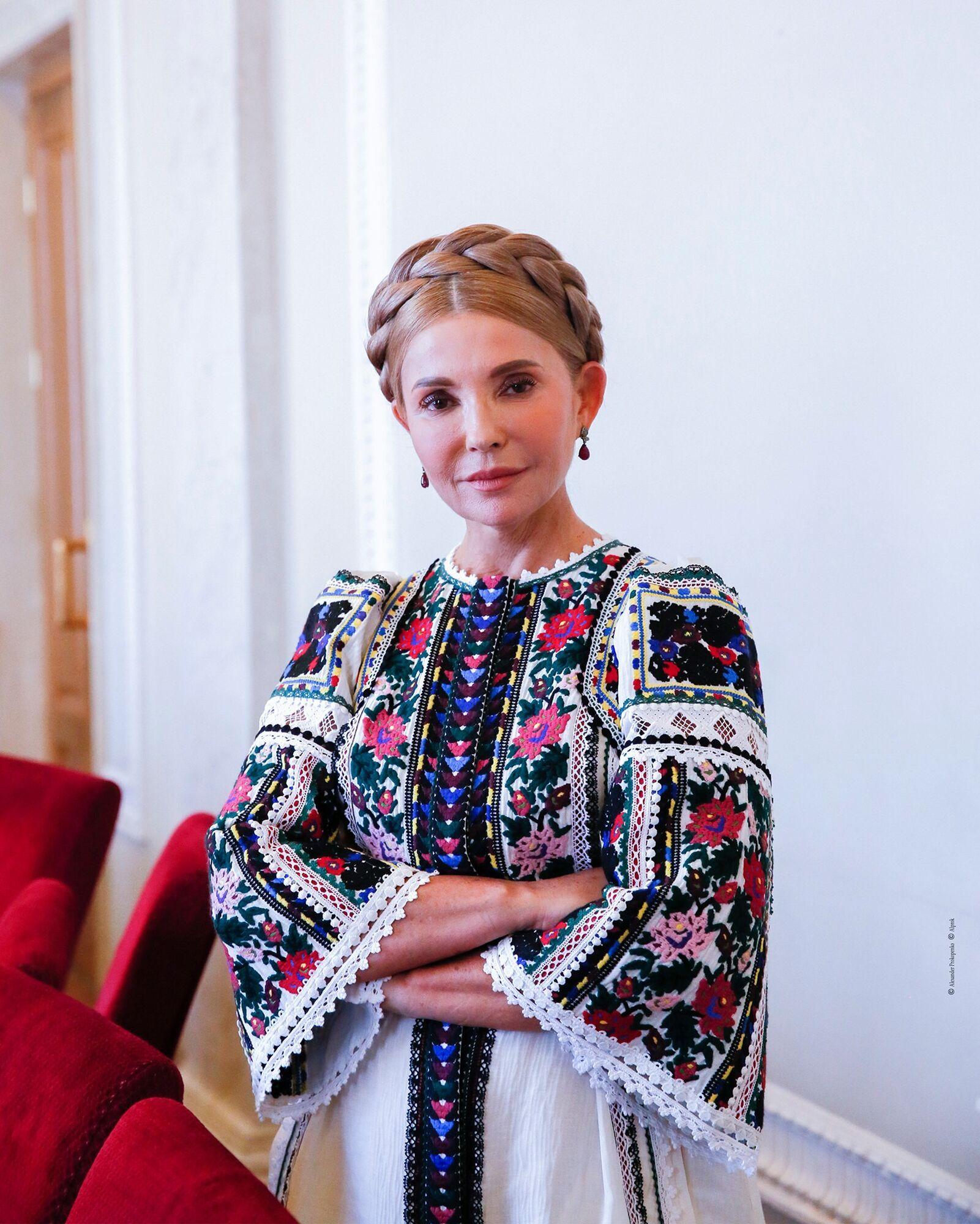 Тимошенко надела нарядное платье.
