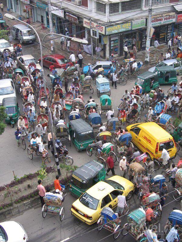 В Дакке такие пробки, которые вам даже не снились.