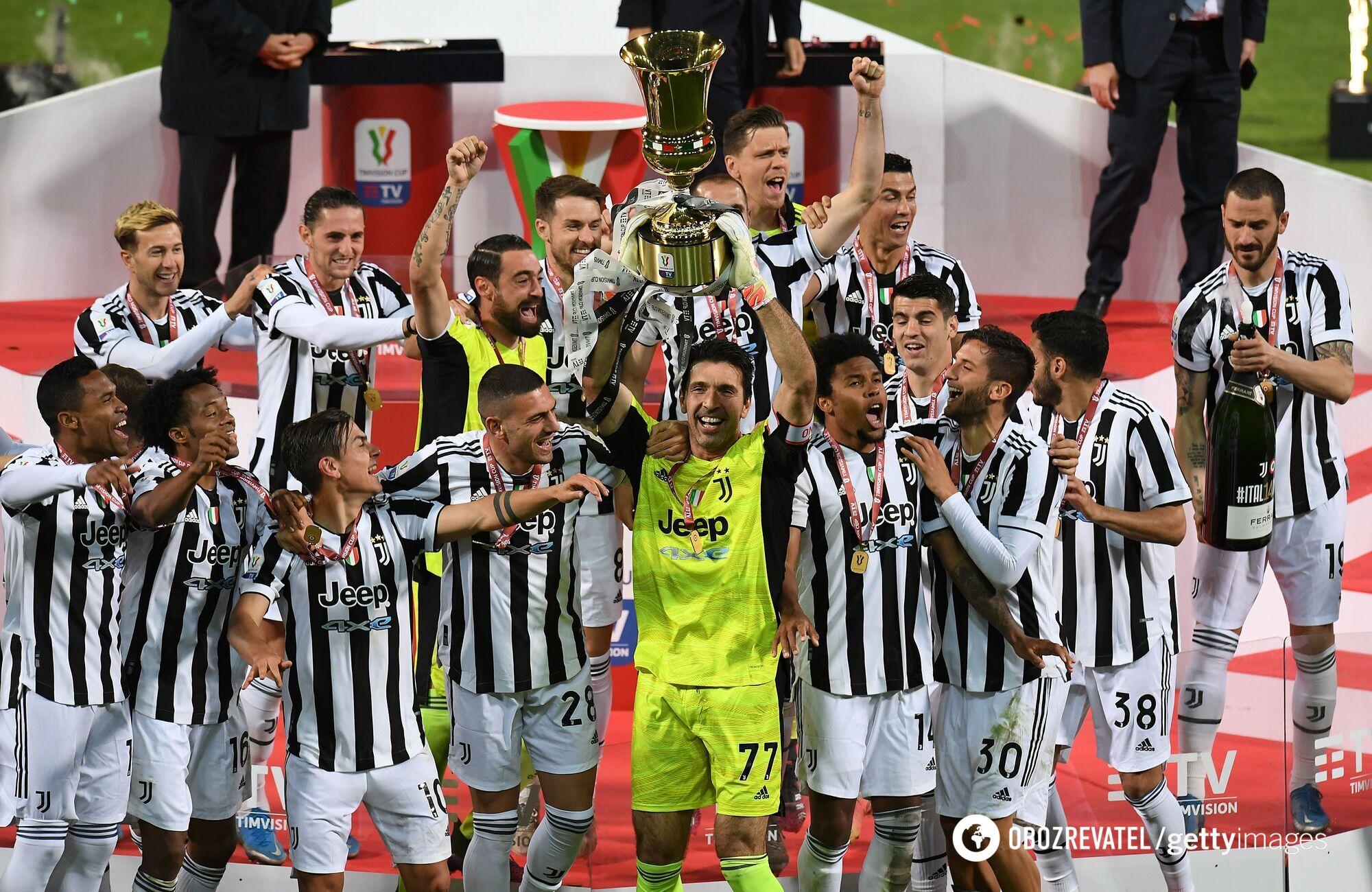 Ювентус празднует победу в Кубке Италии