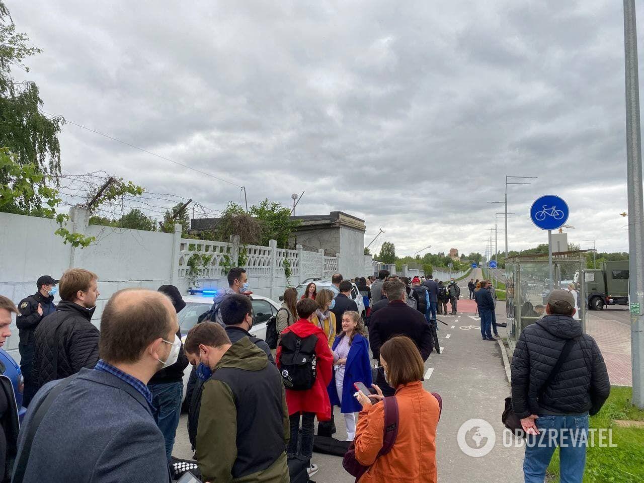 """Журналісти на території """"Антонова"""""""