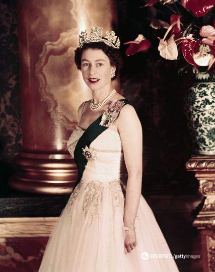 Елизавета II после коронации, 2 июня 1953 года