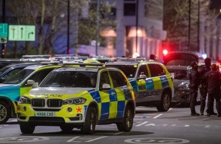 Полиция призвала жителей не выходить на улицу