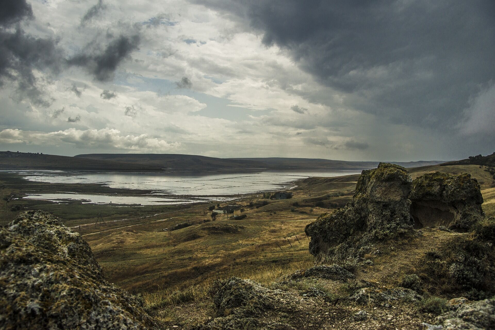 В Крыму начали бурить скважины на Азовском море