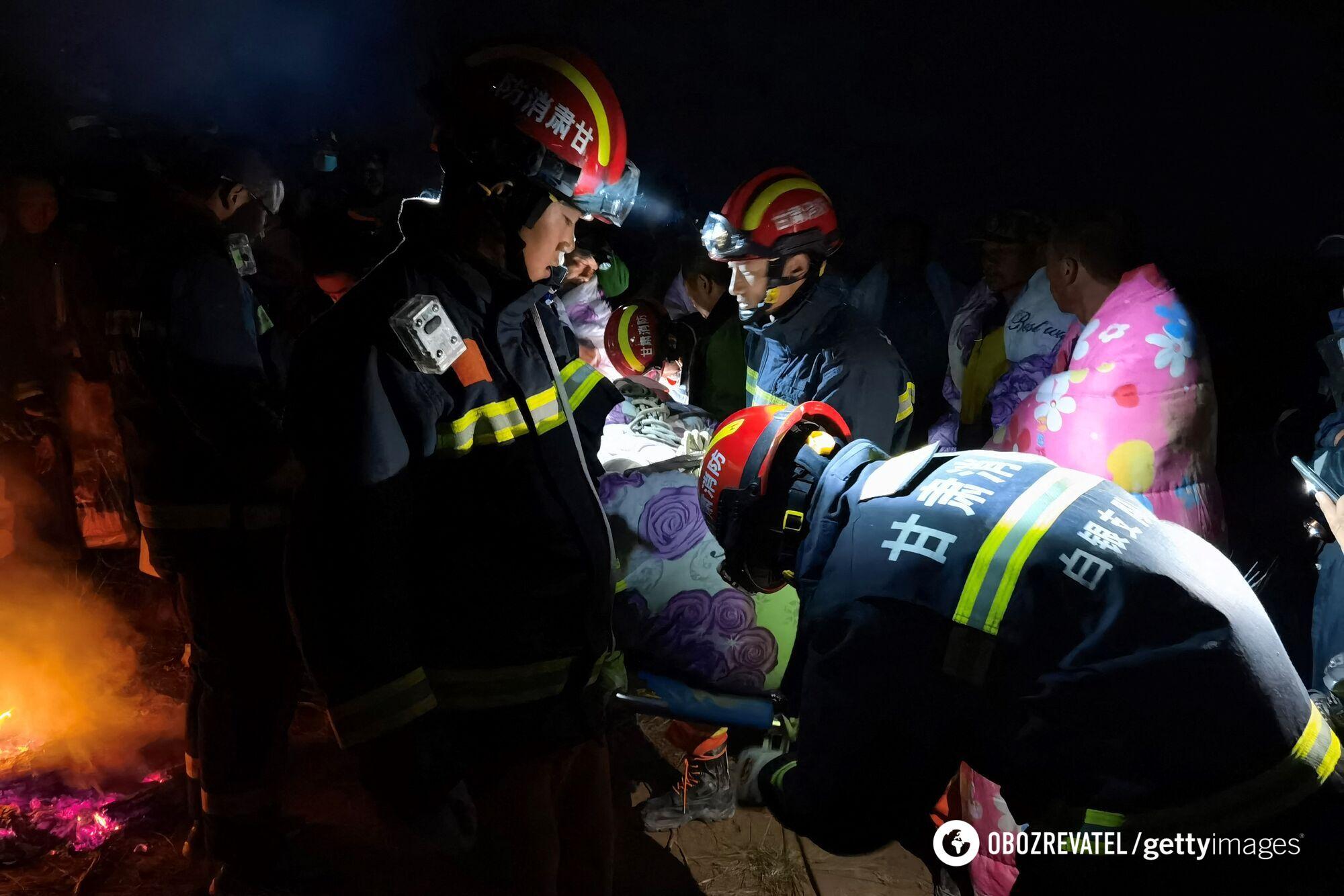 Рятувальна операція тривала і вночі