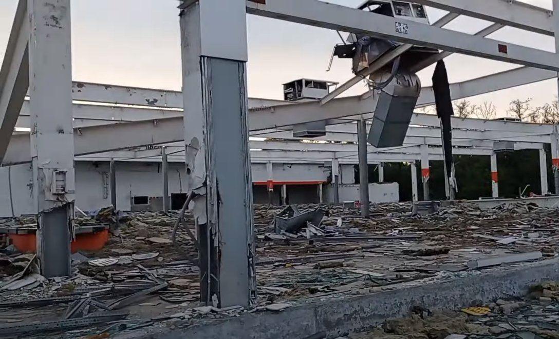 Колишній супермаркет у Горлівці