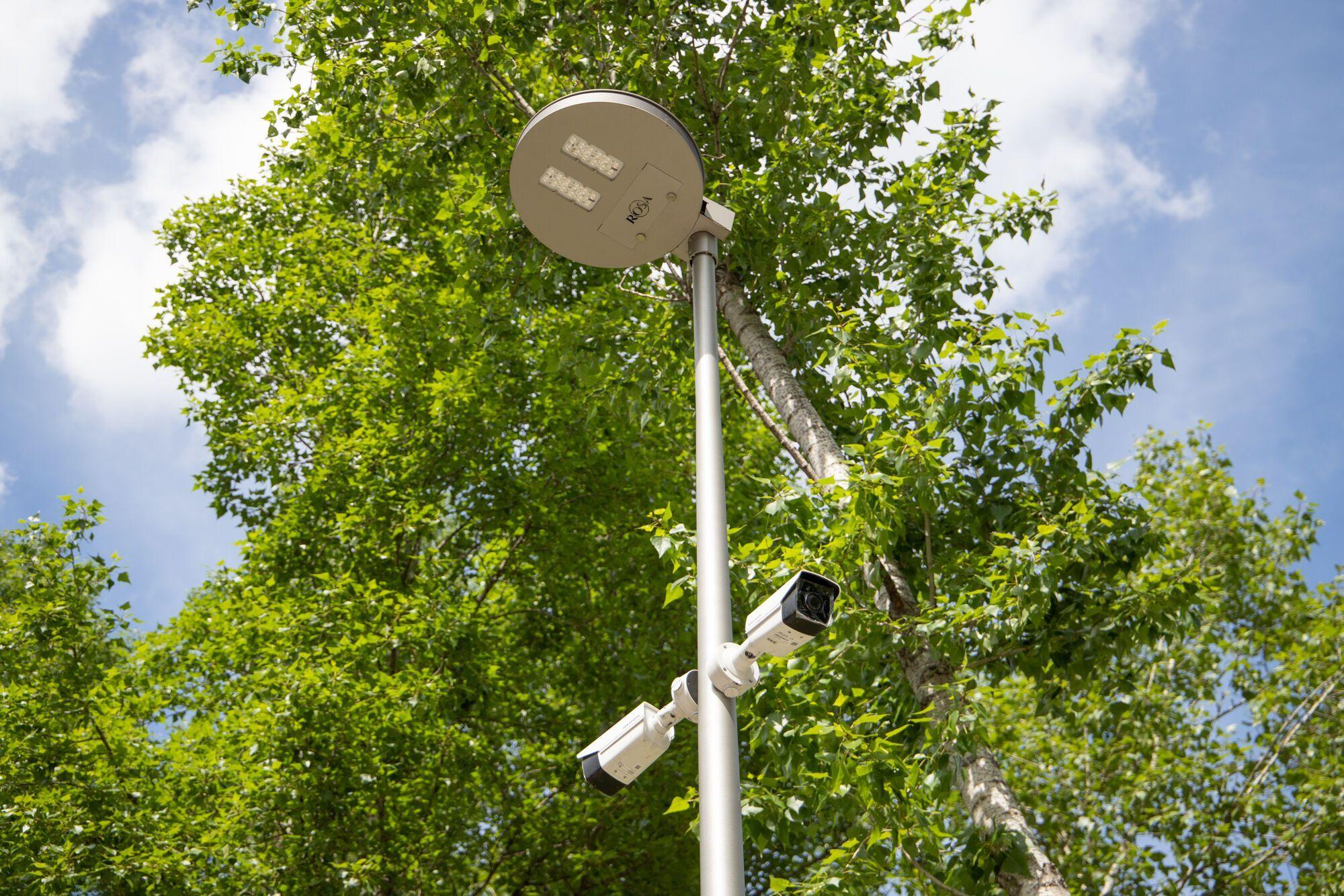 В парке установлено видеонаблюдение.