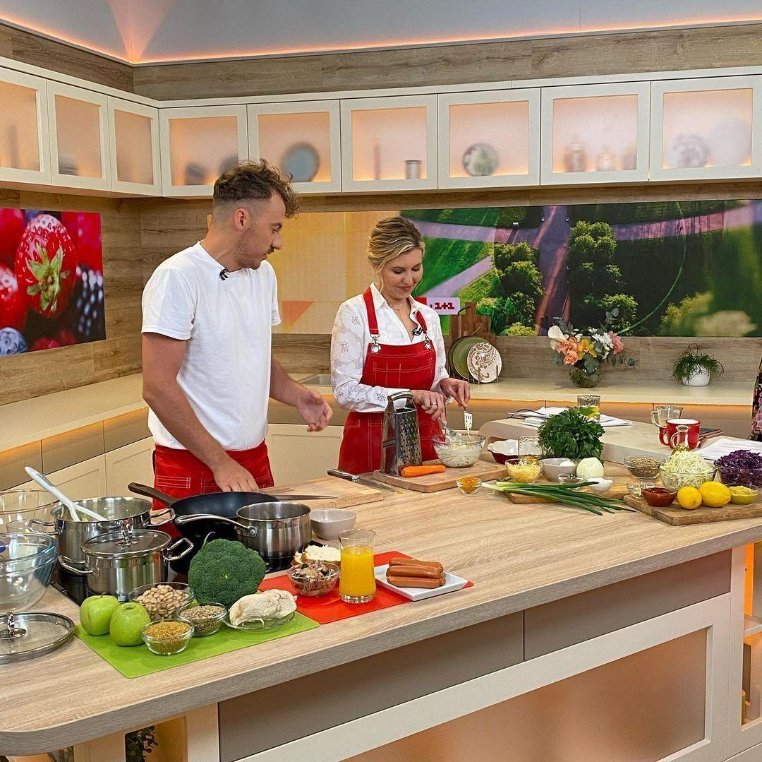 Зеленська приготувала два салати