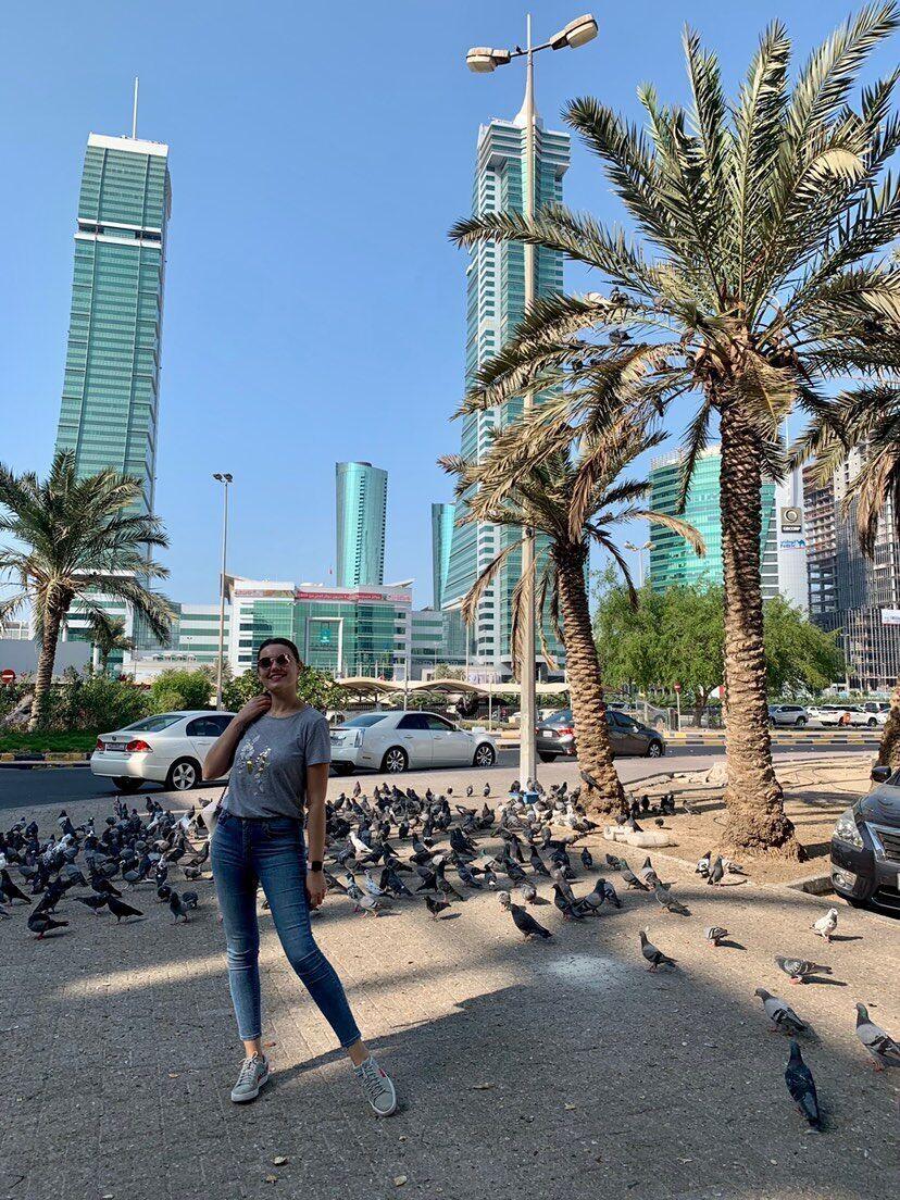 Зачастую девушки в Бахрейне работают или в авиации, сфере красоты и спорта, или же в сфере обслуживания
