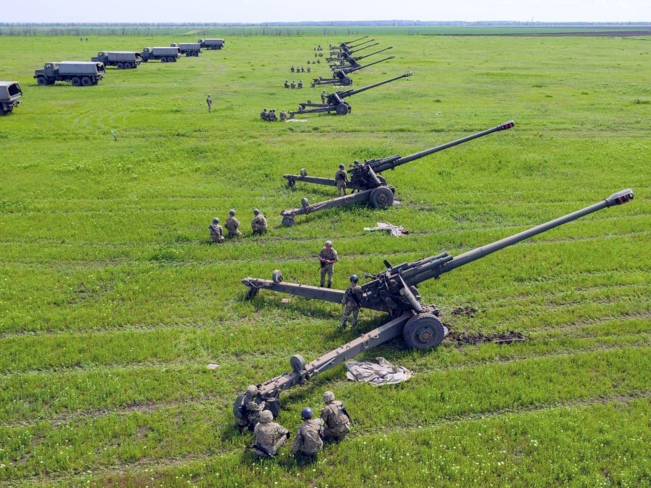 Артилеристи ЗСУ влаштували маневри біля окупованого Криму