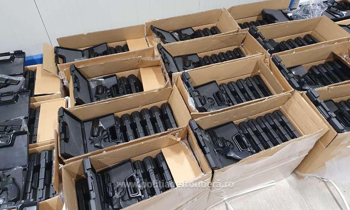 """Это """"рекордный захват"""" контрабандного оружия"""