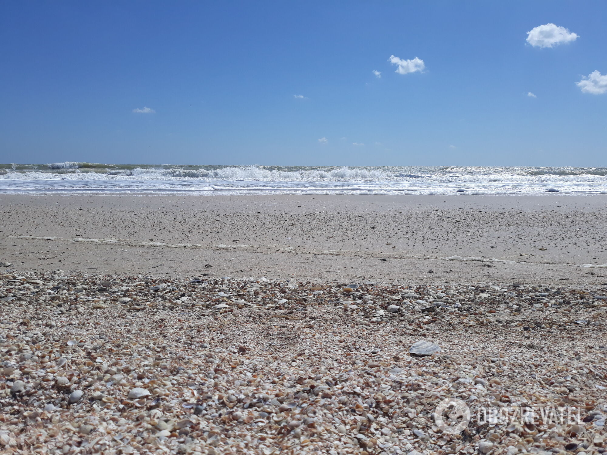 Лебедевка, Рыбаковка, Курортное, Николаевка, Катранка и Вапнярка славятся своими чистыми широкими и безлюдными пляжами