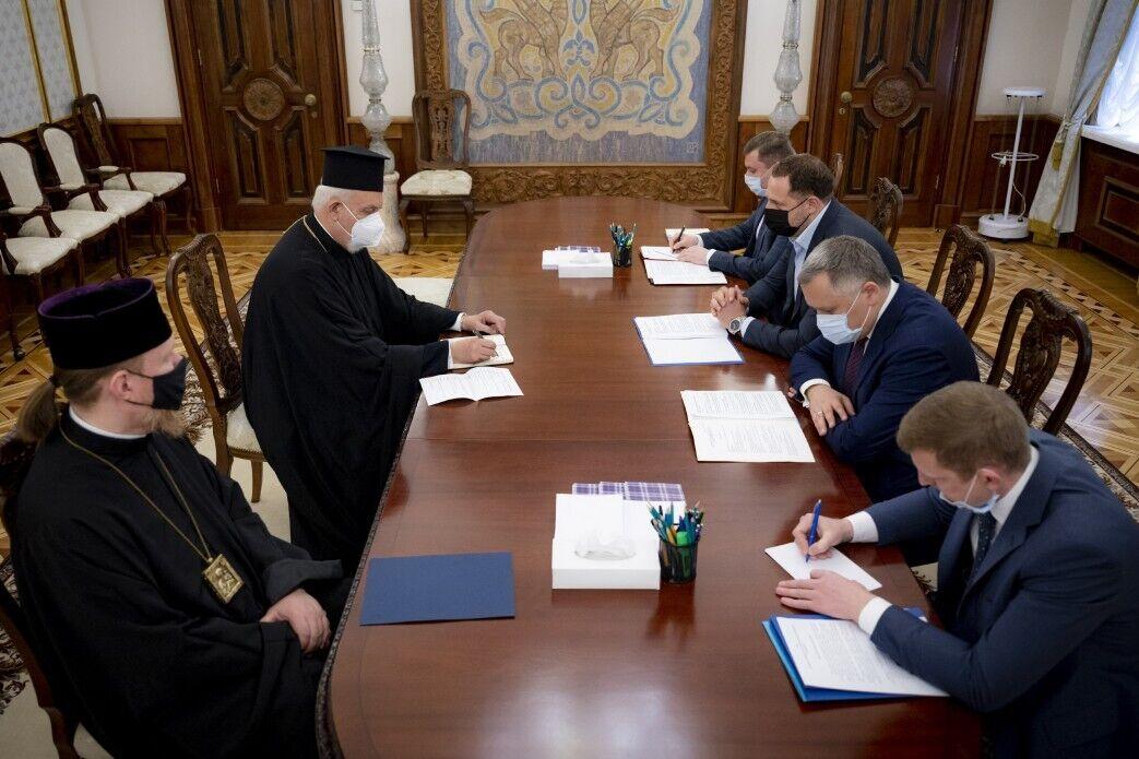 Встреча с церковниками в Офисе президента
