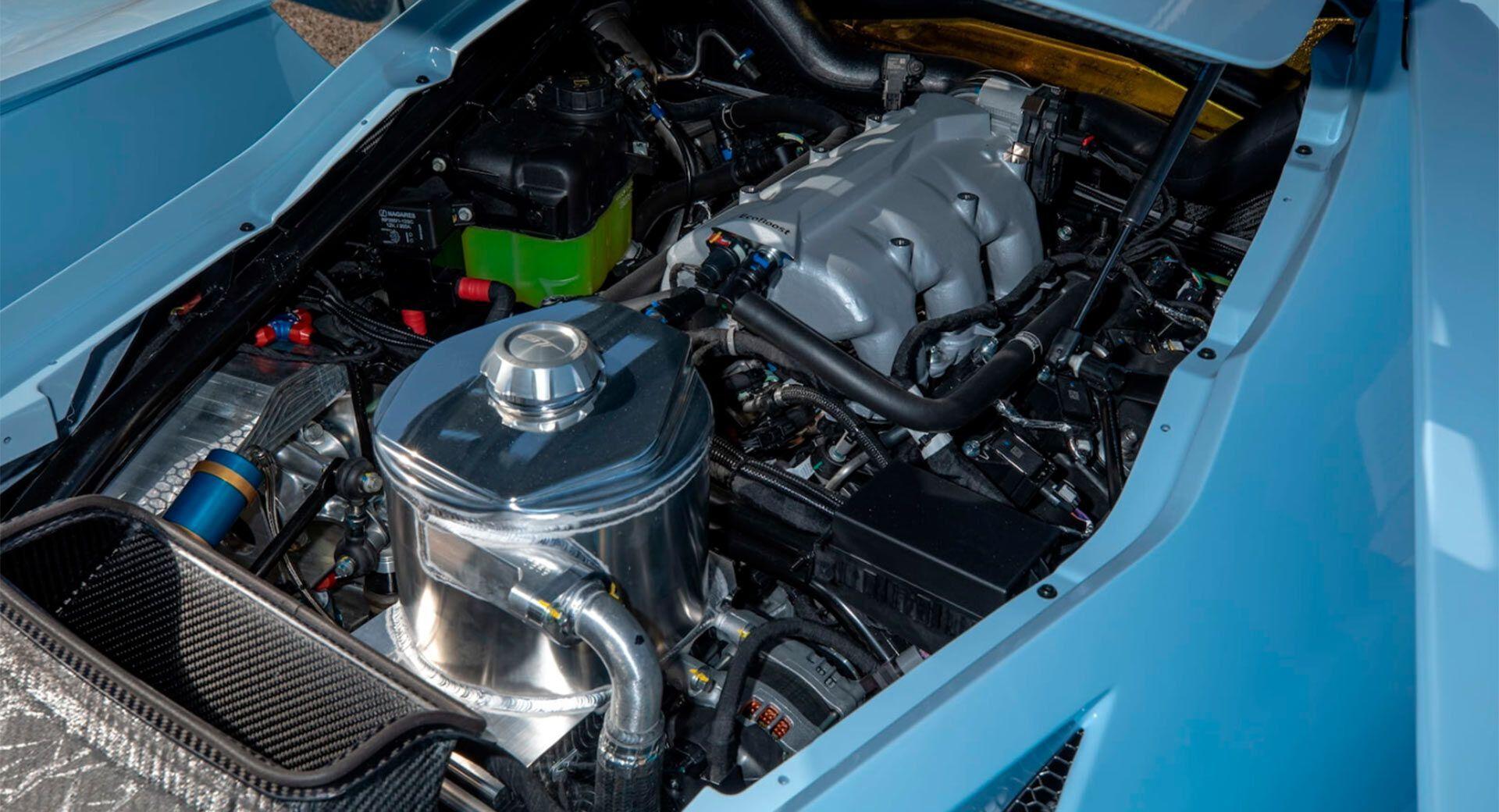 Автомобіль оснащений 3,5-літровим мотором EcoBoost потужністю 700 к.с.