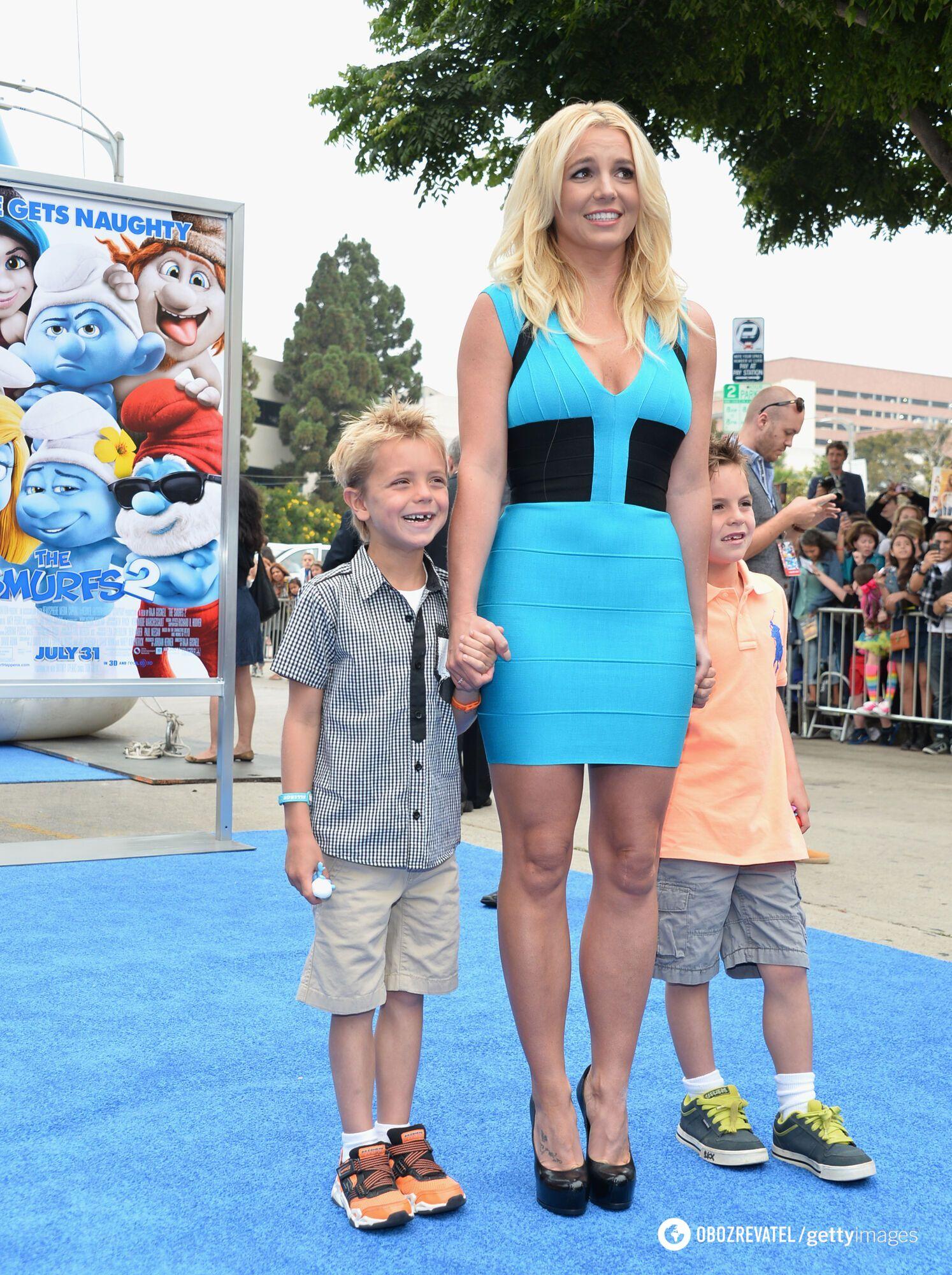 Брітні Спірс разом зі своїми дітьми