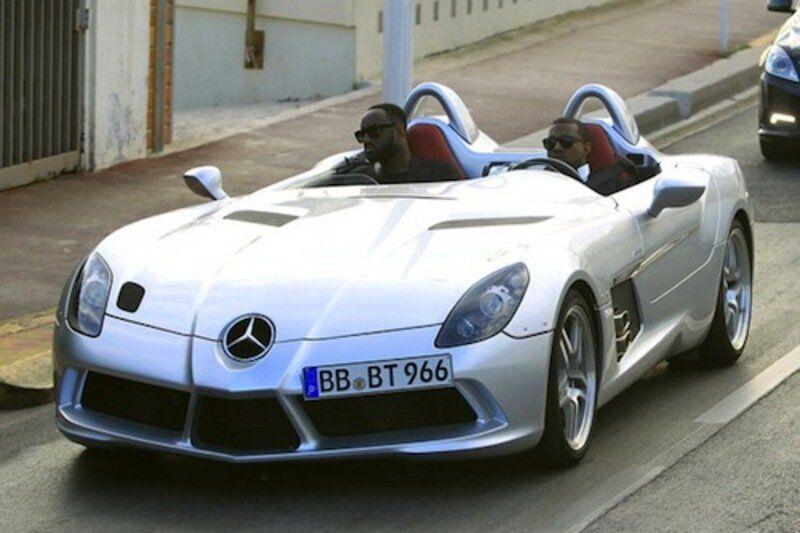 Каньє Вест за кермом Mercedes SLR