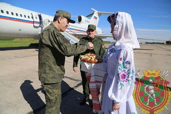 Его самолет приземлился в Мачулищах под Минском