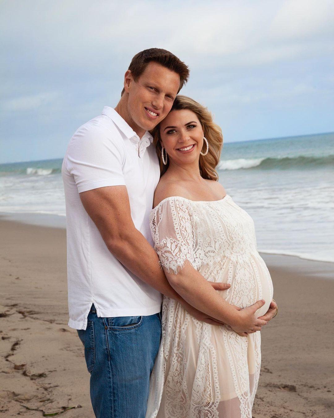 38-летний Дэвид Эллисон работает кинопродюсером и готовится впервые стать отцом