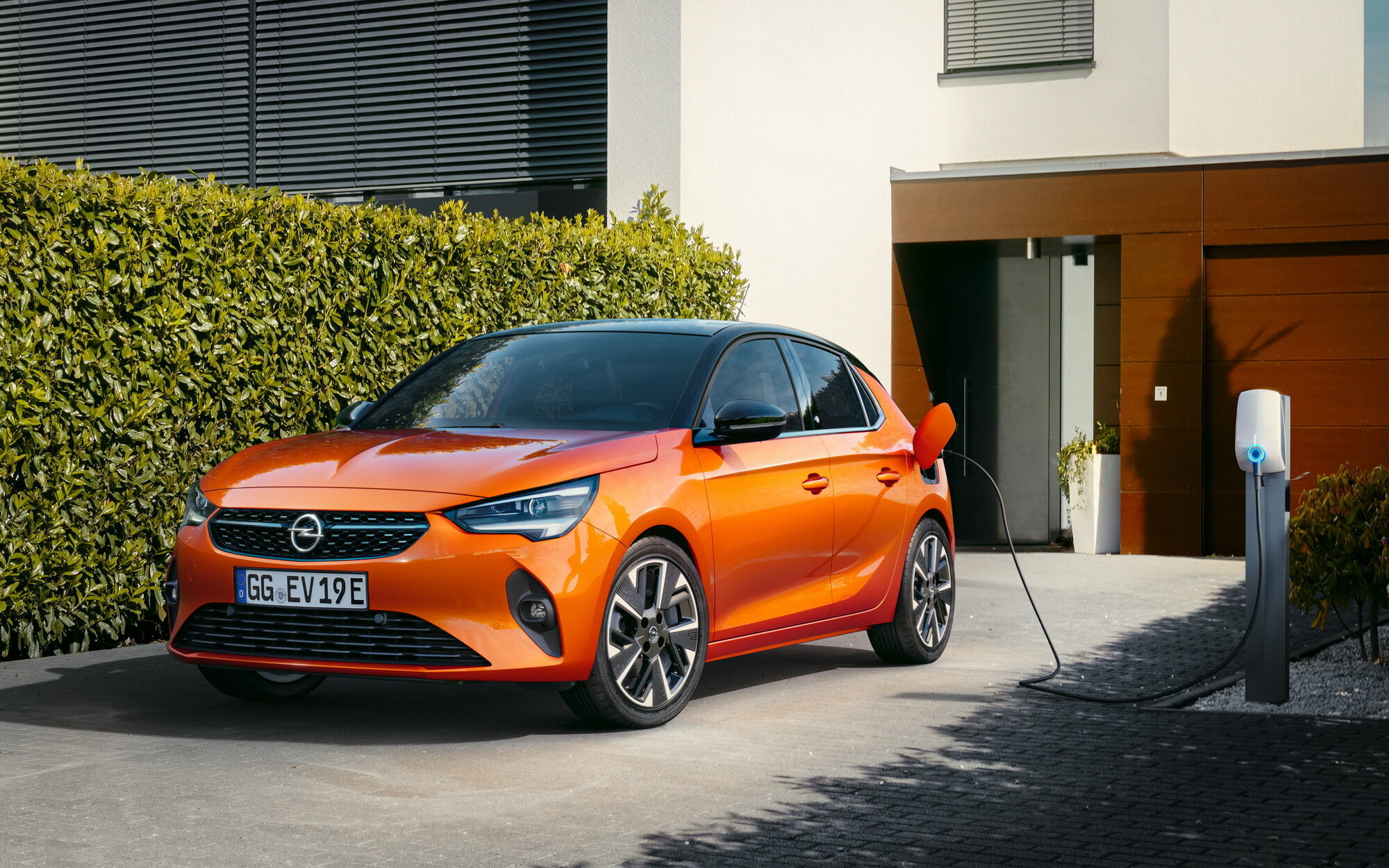 Opel Corsa-e дебютировала в 2019 году