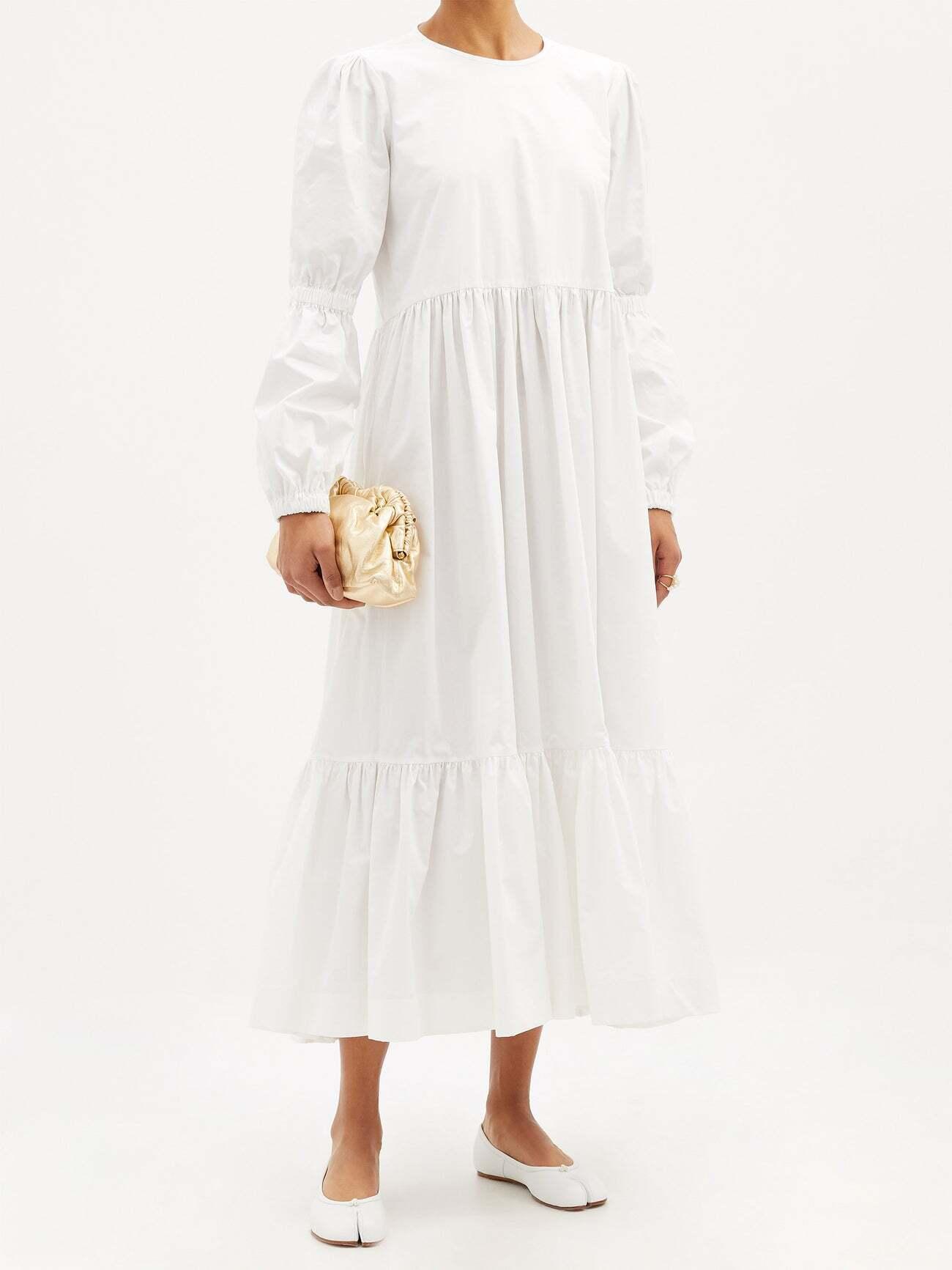 Модное белое хлопковое платье