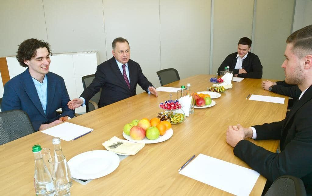 "Борис Колесников и новички ""Донбасса"""