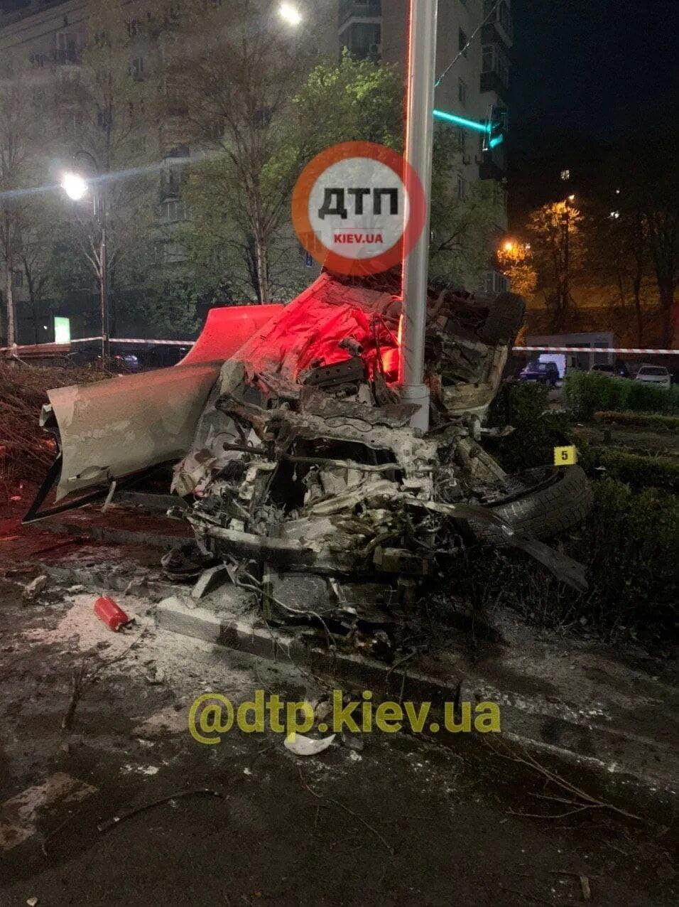Также пострадала еще одна пассажирка авто.