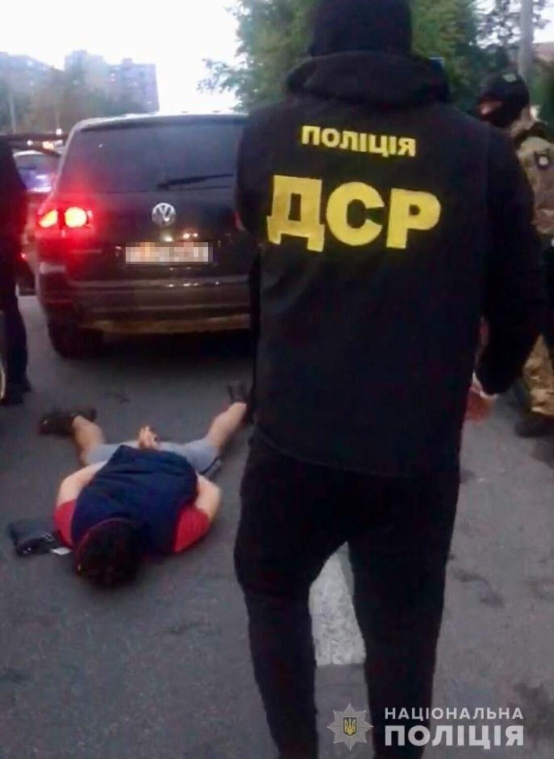 При задержании подозреваемые оказывали сопротивление.