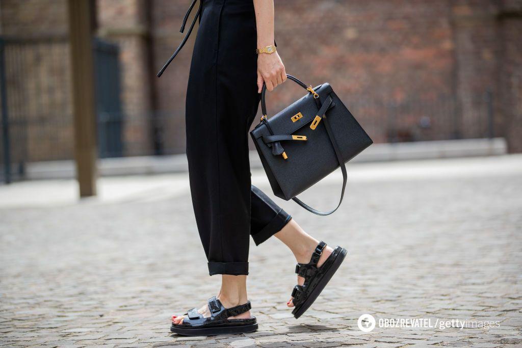 В тренде летом будет обувь из канатов и сандалии на плоском ходу