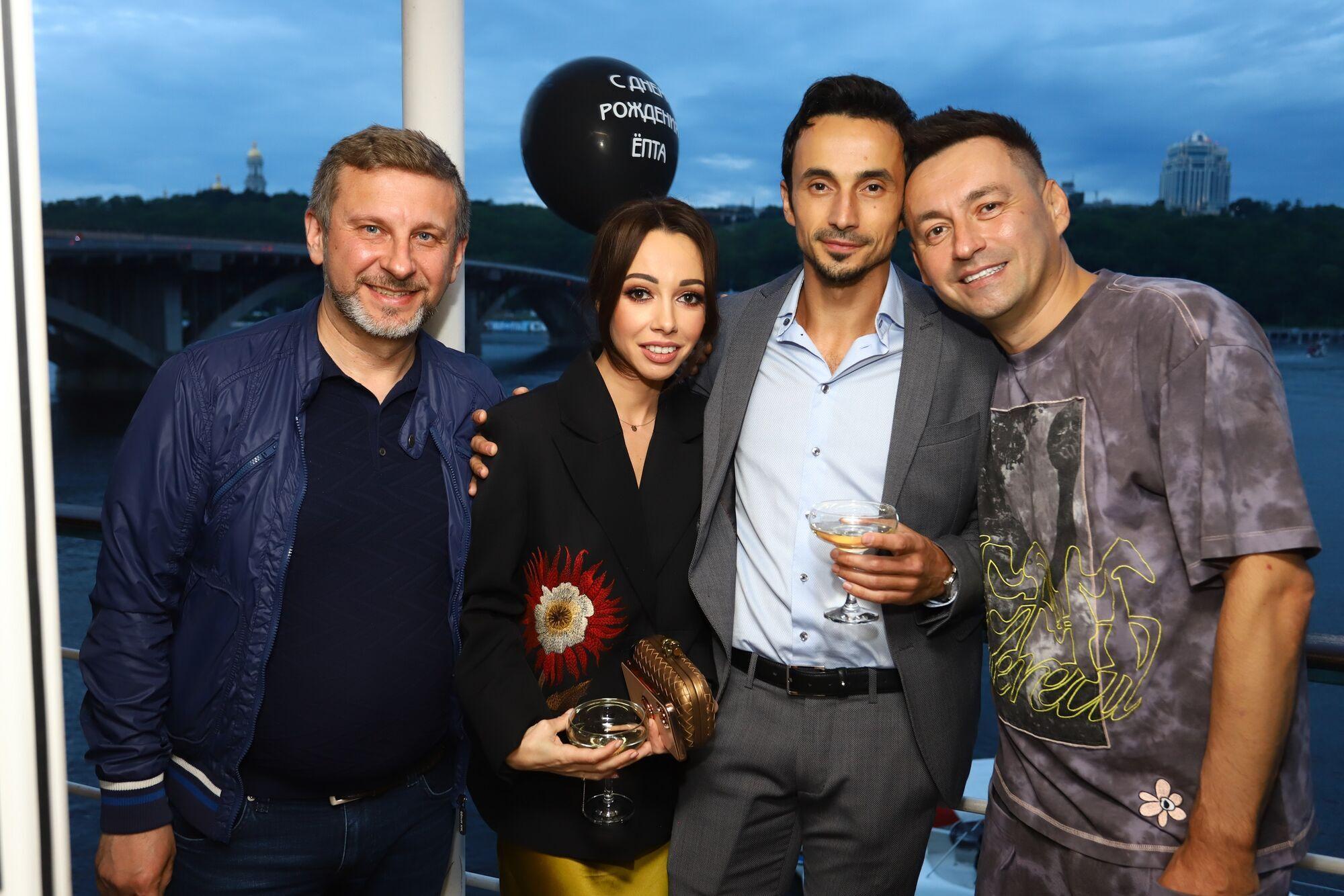 Катерина Кухар та Олександр Стоянов привітали Геннадія Вітра з днем народження