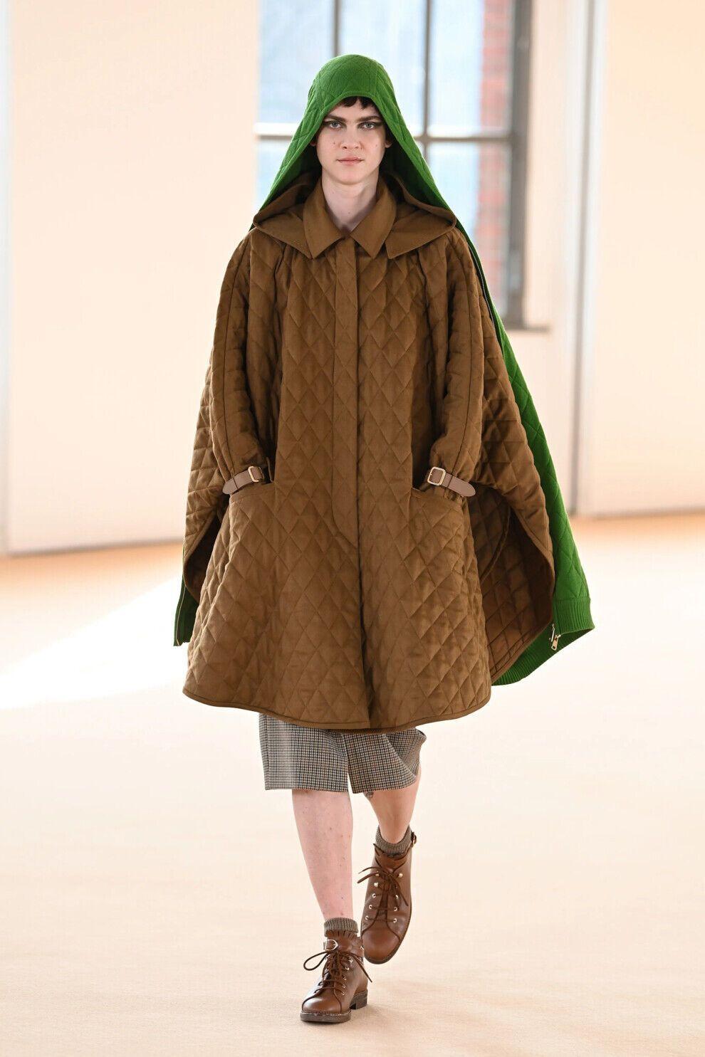 Стьобані бомбери й парки, пальта й кейпи нового сезону стануть найбажанішим верхнім одягом