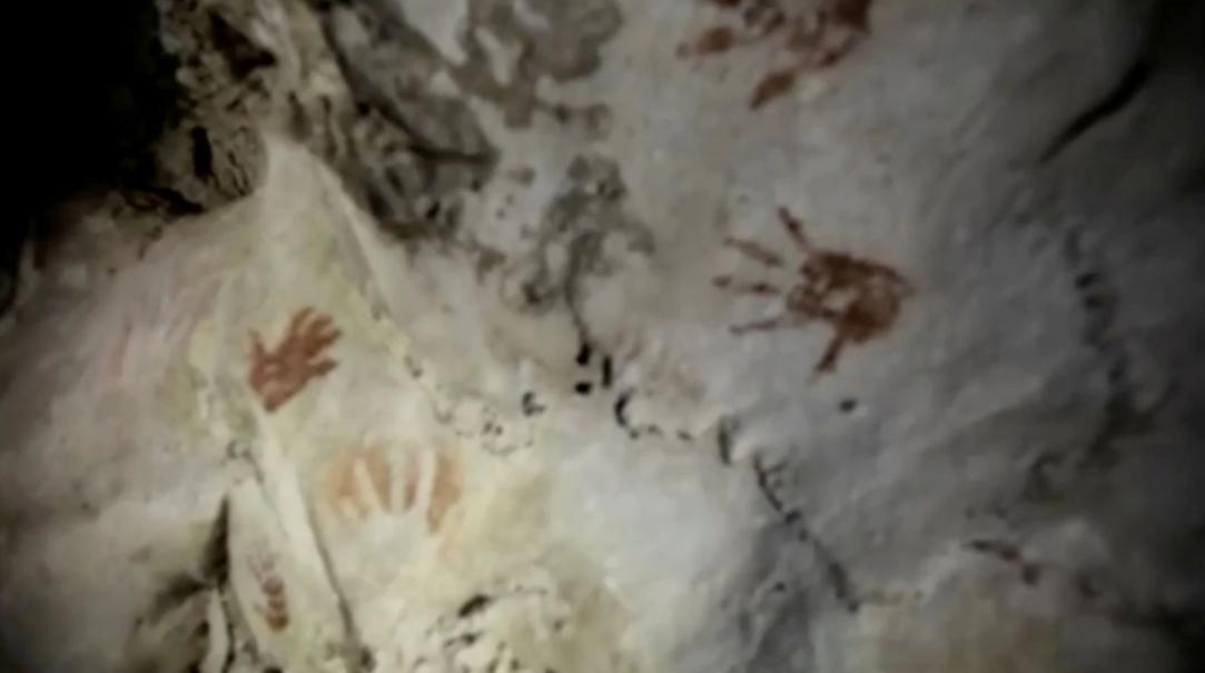У Мексиці знайшли таємничі відбитки рук древніх мая. Фото