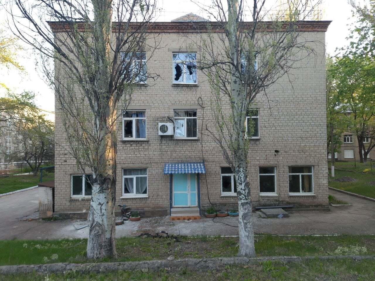 """Під час обстрілу лікарні бойовиками """"ДНР"""" у ній перебувало 45 хворих"""