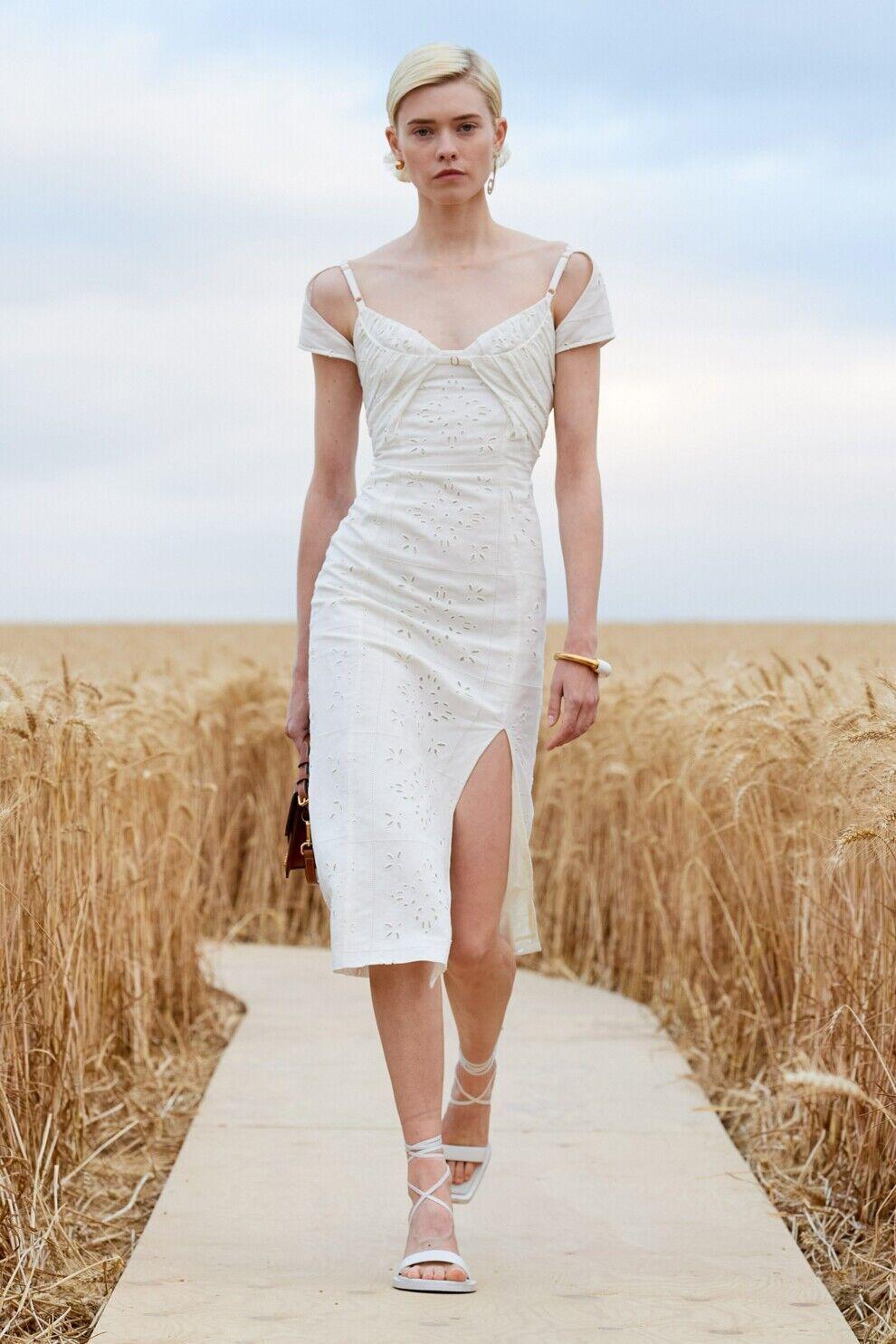 Платье в пасторальном стиле от Jacquemus