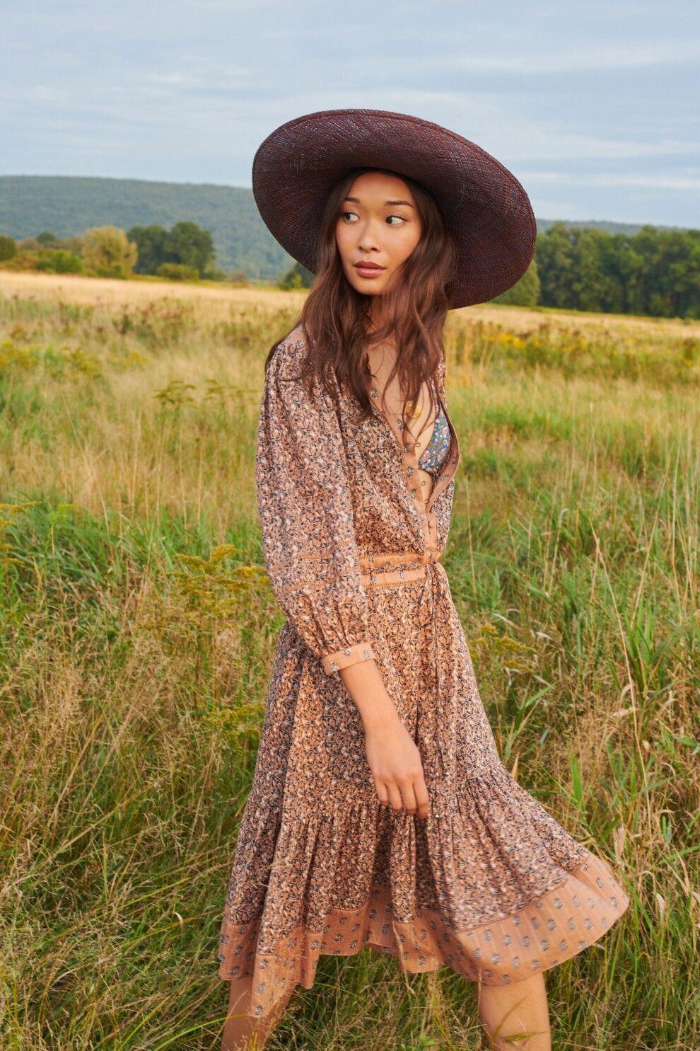 Платье в пасторальном стиле от Veronica Beard