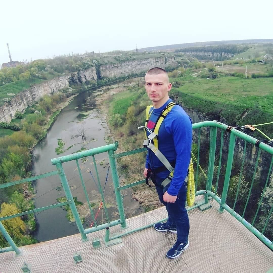 Андрій Пекельний.