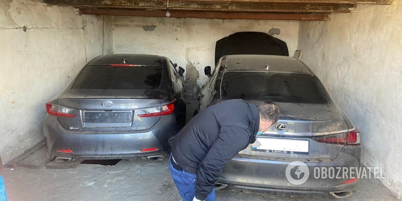 Правоохоронці знайшли 4 раніше викрадених авто.
