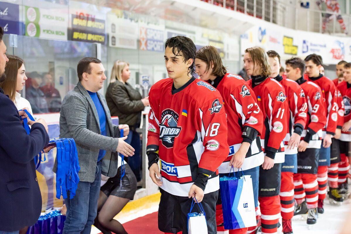 Благотворители также подготовили развлекательную программу для родителей участников Junior Hockey Cup