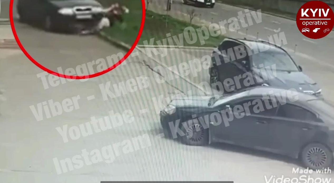 Водитель Skoda переехал пешехода.