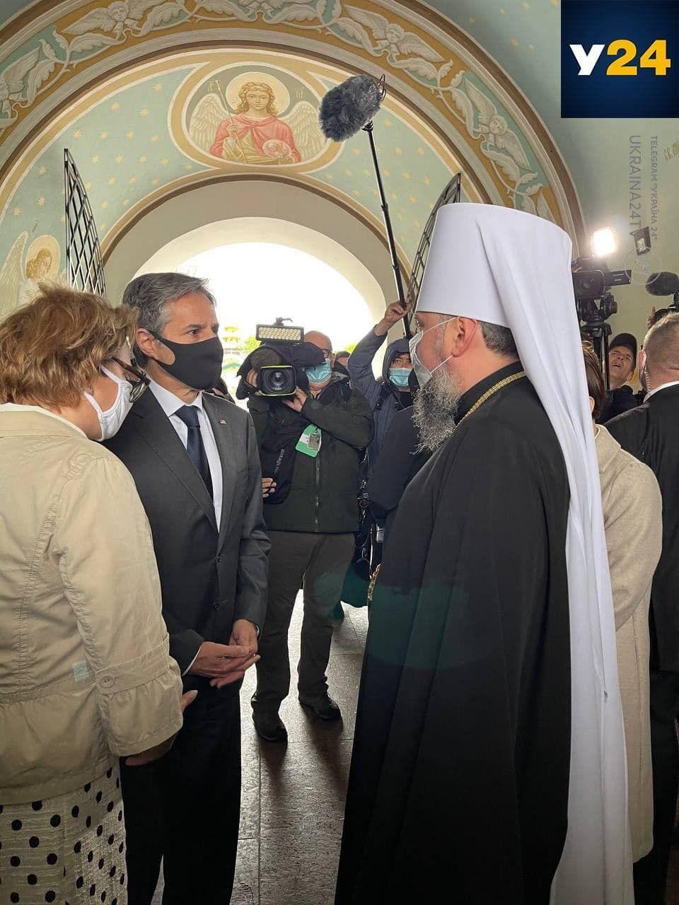 Энтони Блинкен посетил Михайловский Златоверхий монастырь