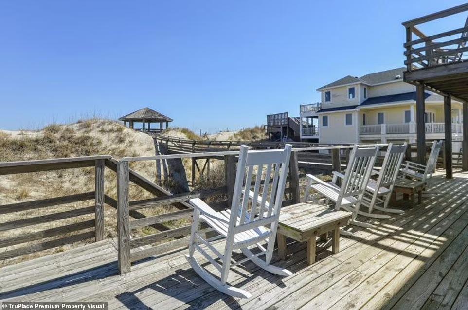 """Дом, известный как Castle Sween, называют """"королевским убежищем для любителей пляжного отдыха"""""""