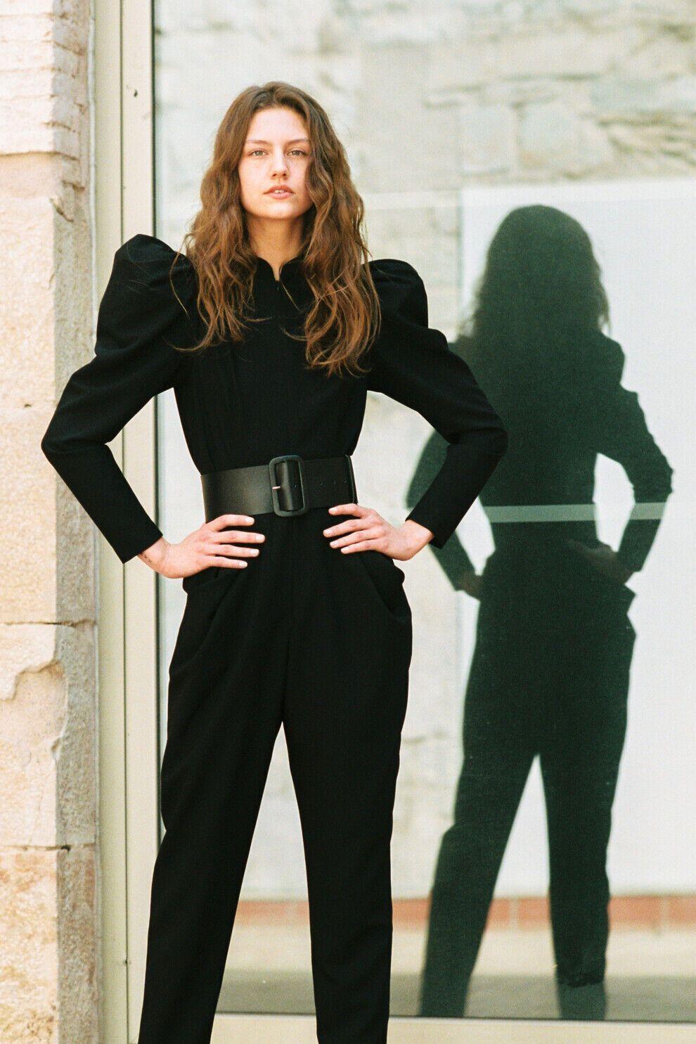Комбінезон Yanina Couture, ремінь DA'MU та взуття Zannotti