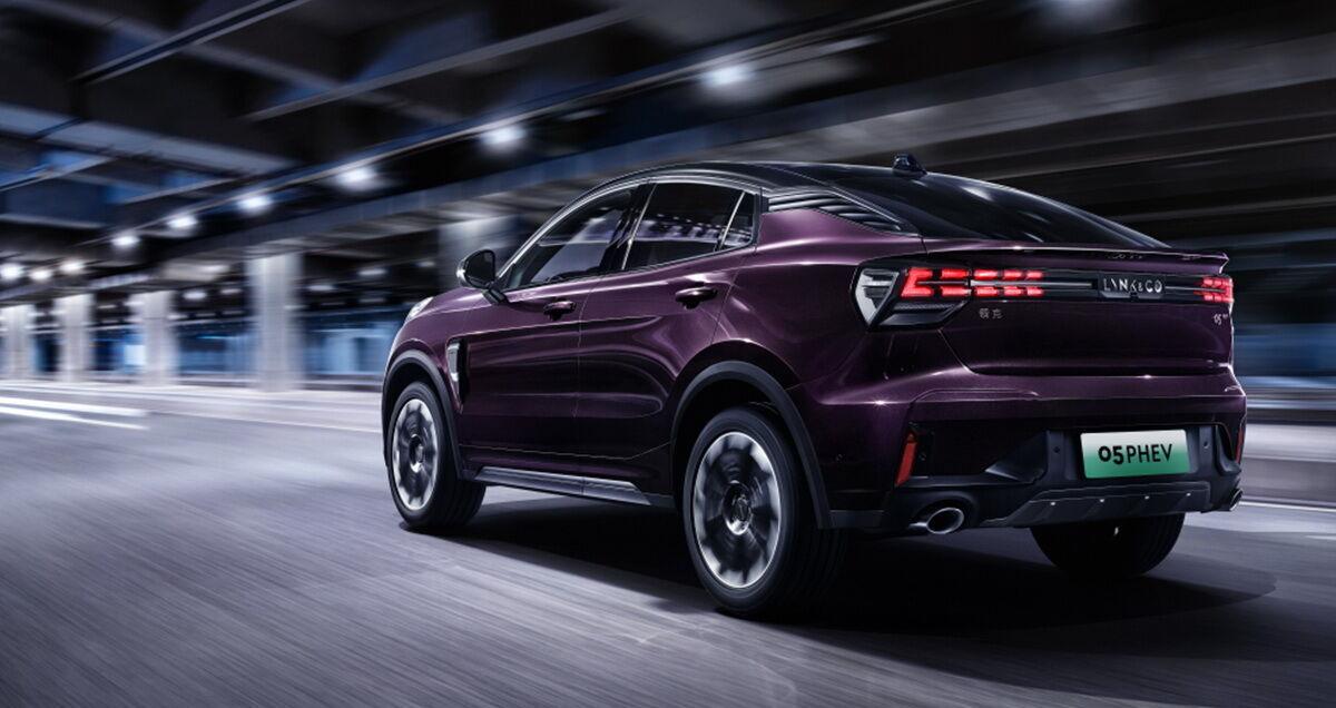 Вартість автомобіля стартує з позначки 227 700 юанів ($35150)