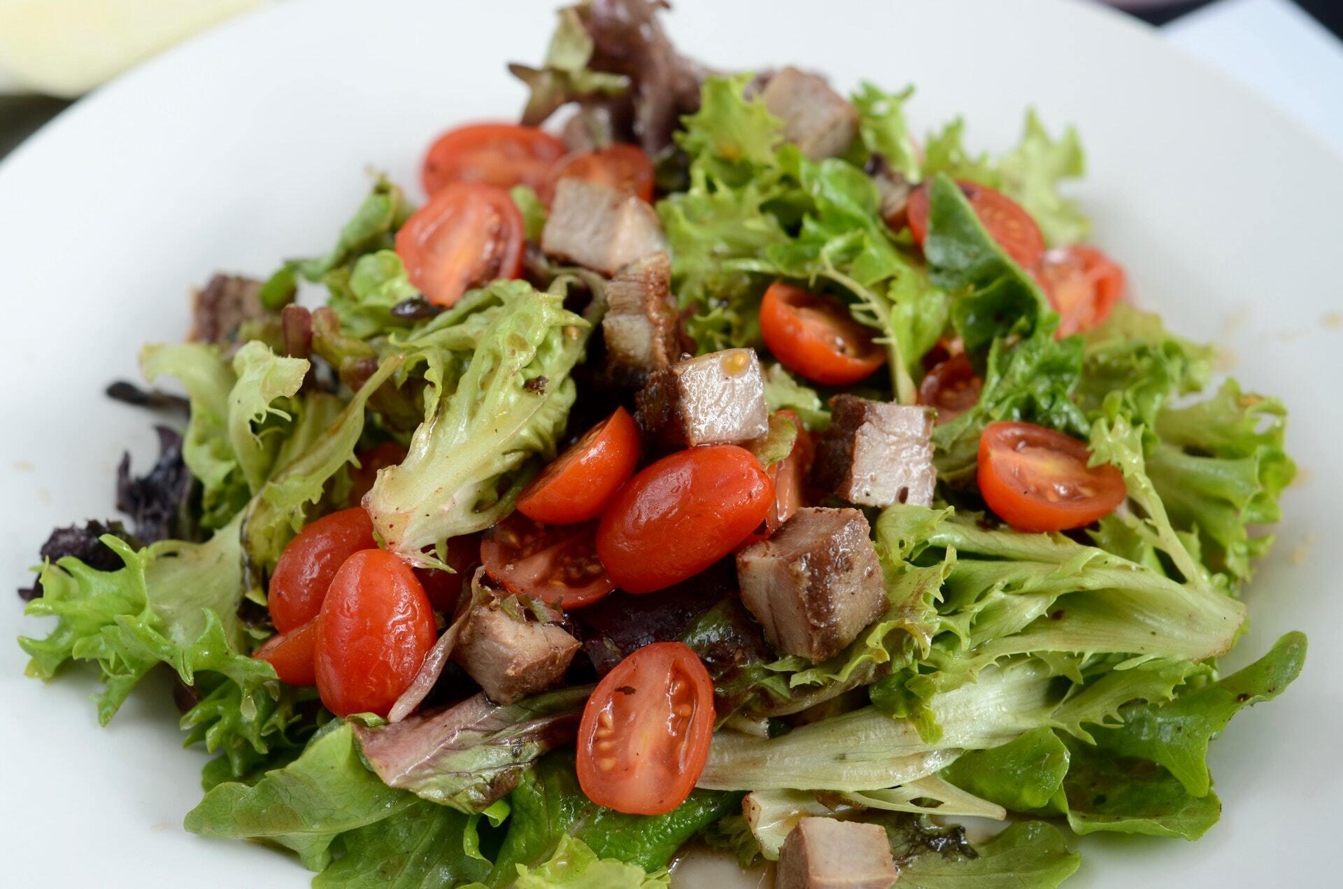 Салат з шашликом