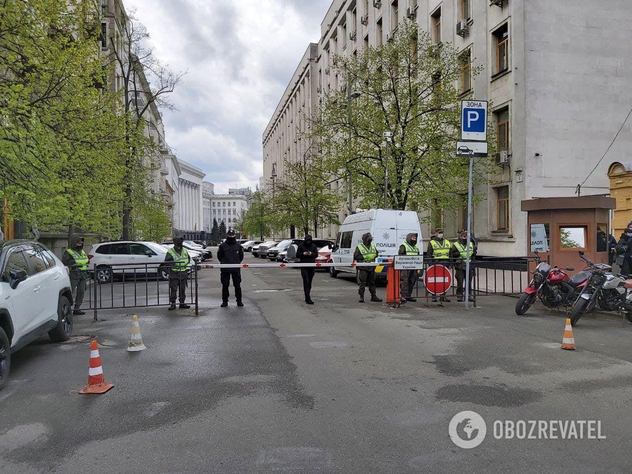 Проникнути до Офісу президента протестувальникам не вдалося.